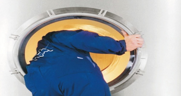 Controlling Hygienic Tank Cleaning
